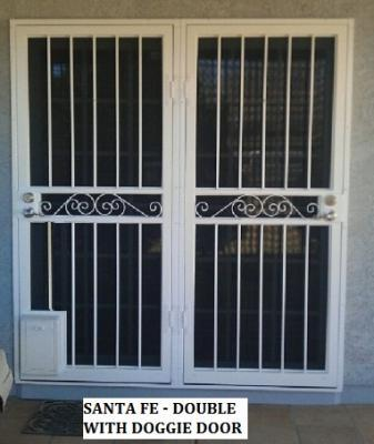 Santa Fe Double Doors with Doggie Door
